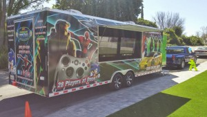 awesome-game-truck-exterior